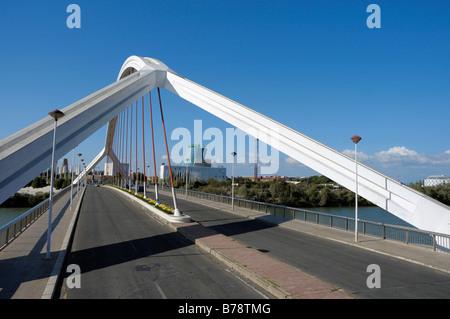 , Pont Puente de la Barqueta, Séville, Andalousie, Espagne, Europe Banque D'Images