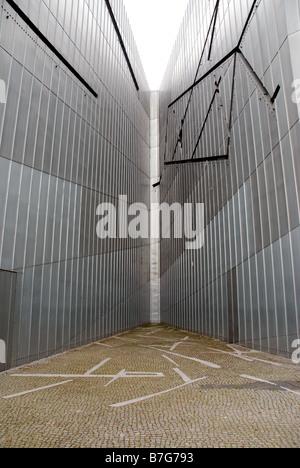 À partir de détails le Musée Juif de Berlin, conçu par Daniel Libeskind Banque D'Images