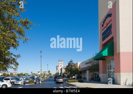 Premium Outlets sur Vineland Avenue, Lake Buena Vista, Orlando, Floride, USA Central Banque D'Images
