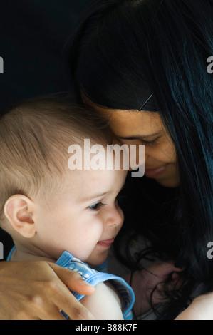 Mère et bébé Banque D'Images