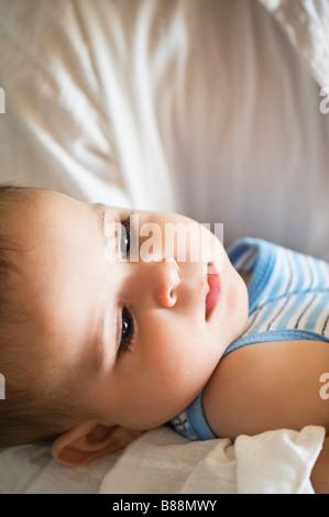 Le père aimant et baby boy Banque D'Images