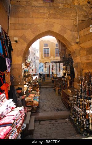 Le Caire, Égypte. Scène de marché à Kham El Kalili au Caire islamique. L'année 2009. Banque D'Images