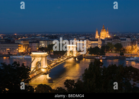 Pont à chaînes Széchenyi Budapest Banque D'Images