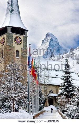 Clocher de l'église et le Cervin à Zermatt Suisse Banque D'Images