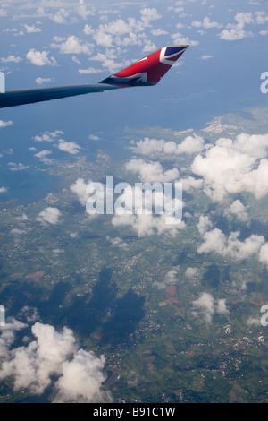 Voir à partir d'un avion Virgin Atlantic passant sur la Martinique.