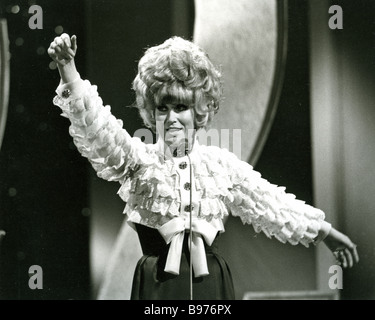 DUSTY SPRINGFIELD au London Palladium en 1968 Banque D'Images