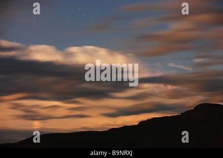 Les orages, les éclairs et les étoiles sur les montagnes du Drakensberg, KwaZulu Natal, Afrique du Sud Banque D'Images