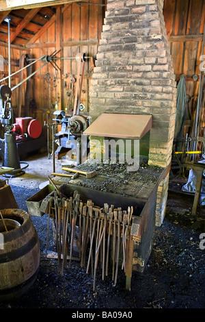 Blacksmith Shop au Mennonite Heritage Village Steinbach Manitoba Canada Banque D'Images
