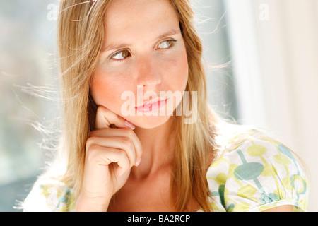 Grincheuse femme Banque D'Images
