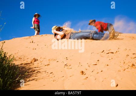 In les dunes de sable du désert de Simpson près de Birdsville Simpson Desert National Park Queensland Australie Banque D'Images