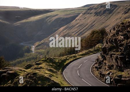 Le Bwlch un col de montagne à partir de la côte de la vallée de Glamorgan au Pays de Galles Ogmore Le raod passe Banque D'Images