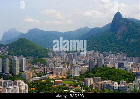 Vue du Pain de sucre de la Statue du Christ Rédempteur à Rio de Janeiro, Brésil Banque D'Images