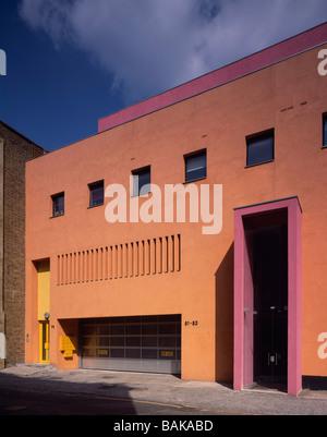 La mode et Textile Museum, Londres, Royaume-Uni, Ricardo Legorreta, mode et textile museum entrée. Banque D'Images