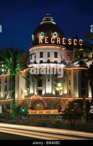 L'hôtel Negresco sur la Promenade des Anglais à Nice, France Banque D'Images