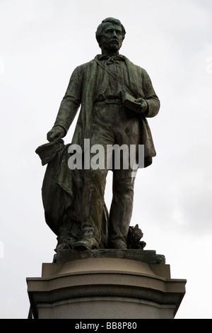 Statue de David Livingstone, en place à l'extérieur de la cité la cathédrale de Glasgow, Glasgow Ecosse Banque D'Images
