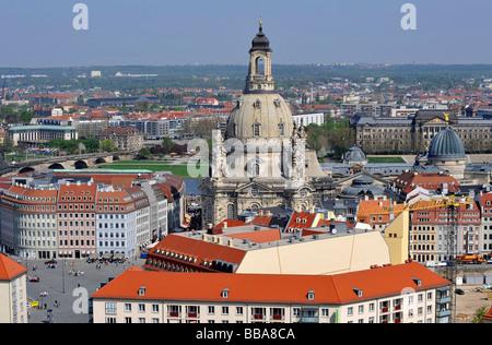 Vue panoramique sur la ville de Dresde avec Kreuzkirche, Église de la Croix et de l'église Frauenkirche, l'église Banque D'Images