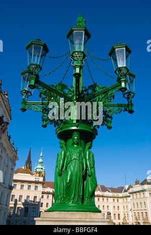 Lampadaire décoré à Hradcany de Prague République Tchèque Europe Banque D'Images