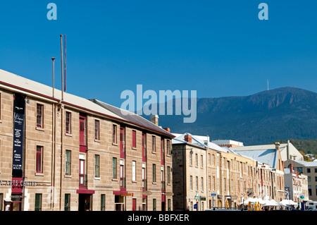 Les bâtiments de grès le long de Salamanca Place à Hobart, Tasmanie, Australie Banque D'Images