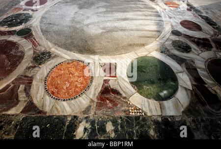 Sainte-sophie, Aya Sofya, Coronation place des Empereurs byzantins, décorées de marbre, Sultanahmet, Istanbul, Turquie
