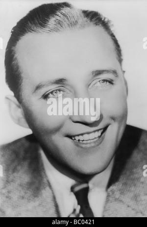 Bing Crosby (1903-1977), chanteur et acteur américain, c1930s. Artiste: Inconnu