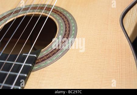 Close up de guitare acoustique classique Banque D'Images