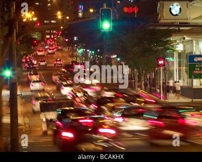 Le trafic de Fortitude Valley Brisbane Banque D'Images