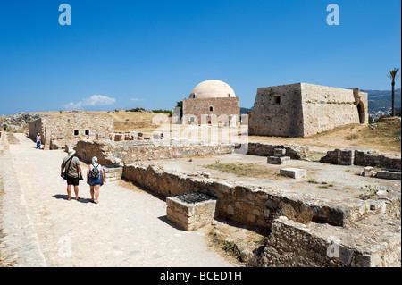 La mosquée d'Ibrahim Han et la résidence du Recteur au 16ème siècle vénitien Fortezza (forteresse), Rethymnon, Crète, Banque D'Images