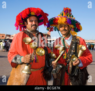 Les vendeurs d'eau en place Jemaa El Fna de Marrakech Maroc Banque D'Images
