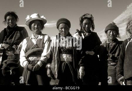 Les travailleurs agricoles au Tibet Banque D'Images