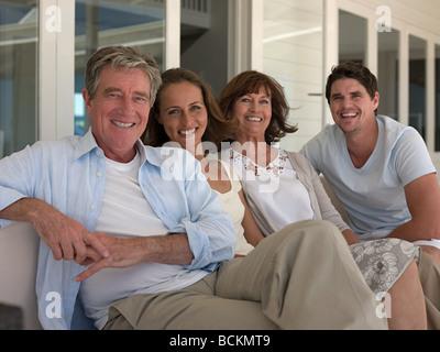 Couple en famille Banque D'Images