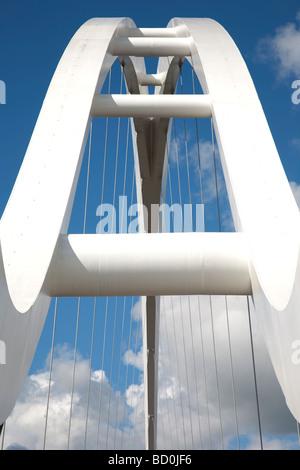 Le nouveau pont à débordement dans Stockton on Tees, Teesside, Angleterre.