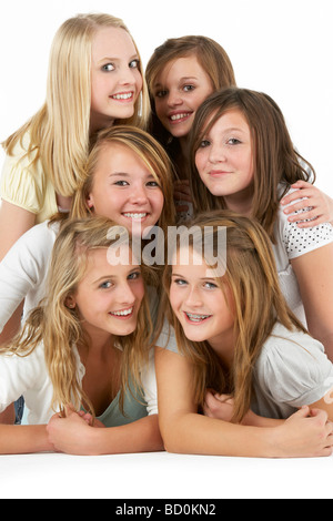 Group of Teenage Girlfriends Banque D'Images