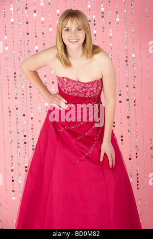 Young Girl Wearing Party Dress Banque D'Images
