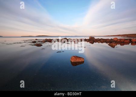 Paysage côtier à Teibern en Larkollen, Rygge kommune, Østfold fylke, la Norvège. Banque D'Images