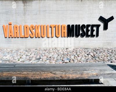 Panneau d'entrée de nouveau Varldskulturmuseet ou Musée des Cultures du Monde à Göteborg en Suède Août 2009 Banque D'Images