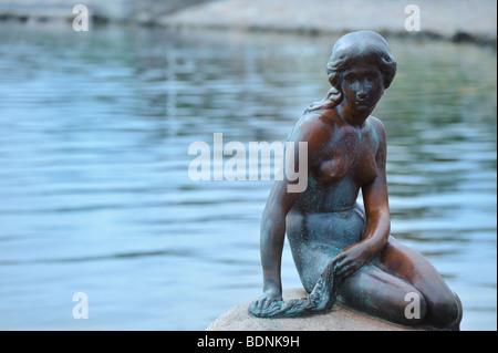 Statue de la petite sirène de Copenhague Danemark Banque D'Images