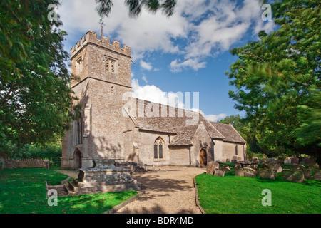Eglise St Mary dans Buscot Village, Oxfordshire, UK Banque D'Images