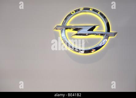 63ème International Motor Show (IAA ): Le nouveau logo du constructeur Opel