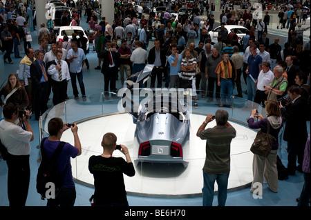 Volkswagen L1 ultra faible consommation de carburant du véhicule concept exposé au salon de Francfort 2009 Banque D'Images