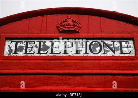 Old English téléphone rouge fort, détail, Angleterre, Royaume-Uni, Europe Banque D'Images
