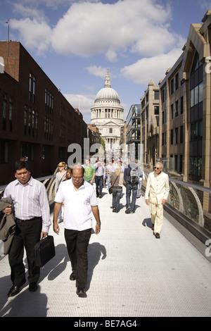 Aspects de la cathédrale St Paul à Londres.Architecture Sir Christopher Wren monument religieux.L'influence romaine Banque D'Images