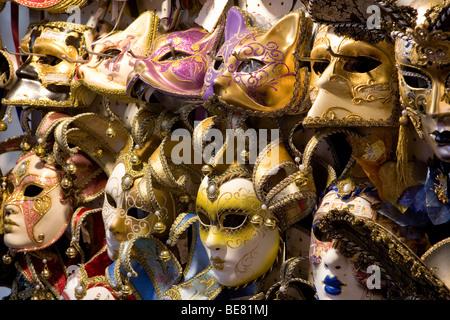 Détail de masques de carnaval de Venise, Venise, Italie, Europe Banque D'Images