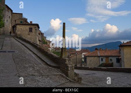 Vue de Santa Fiora, Toscane, Italie Banque D'Images