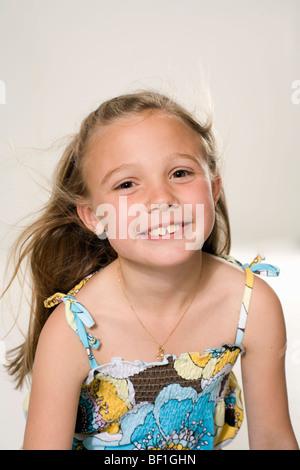 Portrait of a smiling girl. Banque D'Images