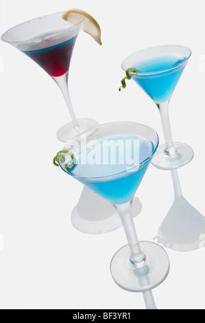 Close-up de trois verres de cocktails Banque D'Images