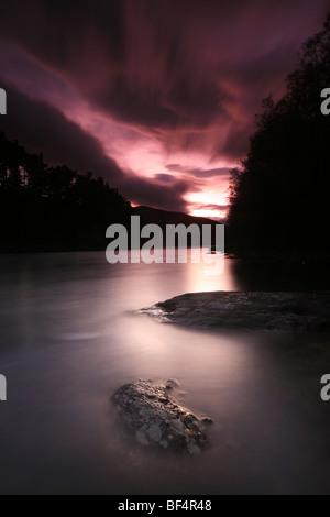 La rivière Lågen à Dovre dans Gubrandsdalen, la Norvège. Banque D'Images