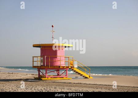 Lifeguard tower sur Miami Beach, Floride Banque D'Images