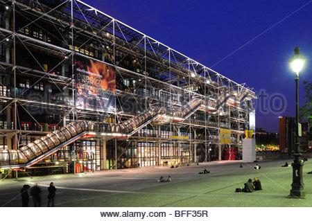 Paris, Centre national d'art et de culture Georges Pompidou, Renzo Piano, Richard Rogers 1977 Banque D'Images