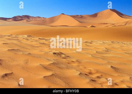 Dunes de sable dans le Parc National de Namib-Naukluft, Désert du Namib, Sossusvlei, Namibie, Afrique du Sud Banque D'Images