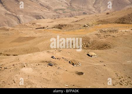 Les nomades avec des tentes dans le désert, la Jordanie, Moyen-Orient, Asie Banque D'Images
